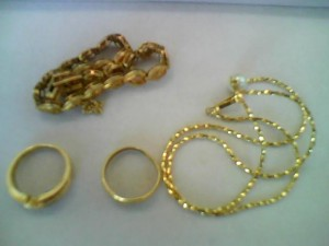 18金ネックレスとリングを買取たしました!ザ・ゴールド長岡店(新潟県長岡市) 新潟県長岡市にあるザ・ゴールド 長岡店の画像2