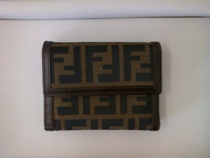 フェンディ財布を買取りさせていただきました! ☆ ザ・ゴールド上越店(新潟県上越市) 新潟県上越市にあるザ・ゴールド 上越店の画像2