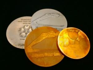 18金 シルバー925 記念メダル 4点 買取させていただきました! ザ・ゴールド新潟中央店(新潟県新潟市中央区) 新潟県新潟市にあるザ・ゴールド 新潟中央店の画像2