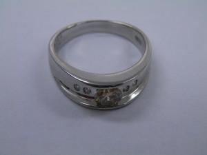 18金ホワイトゴールドの指輪を買取りさせていただきました。☆ザ・ゴールドいわき平店(福島県いわき市平) 福島県いわき市にあるザ・ゴールド いわき平店の画像2