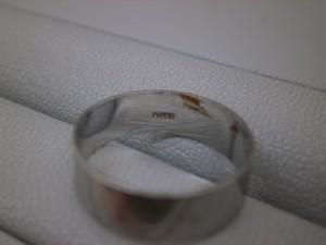 プラチナ900リング 塩釜市のお客さまから買取させていただきました。貴金属・ダイヤモンド付製品、ブランドバッグ・ブランド腕時計買取専門店 ザ・ゴールド泉インター店(宮城県仙台市泉区) 宮城県仙台市にあるザ・ゴールド 泉インター店の画像5