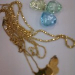 金の飾りがついたネックレスを買取致しました。ザ・ゴールド新潟中央店(新潟市中央区) 新潟県新潟市にあるザ・ゴールド 新潟中央店の画像2
